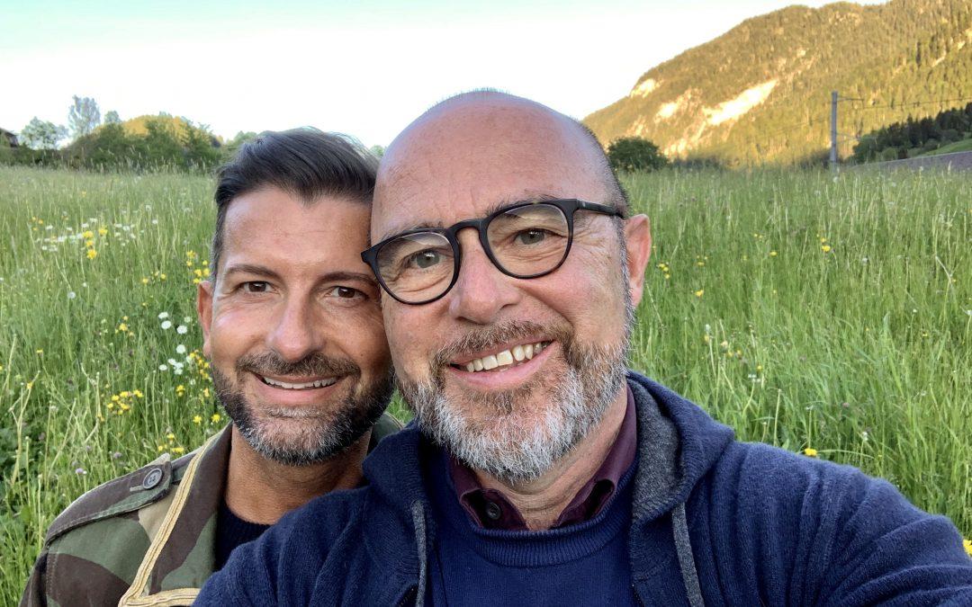 Ciclo interviste d'autrice: con noi, Andrea Fustinoni e Fabio D'amato, una coppia nella vita, nel lavoro e nelle passioni artistiche.