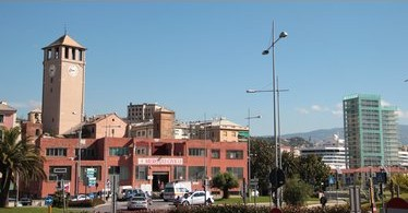 Aperitivi e fermento al mercato coperto di Savona. Adattamento alla normativa gestione rifiuti.