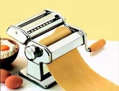 Ricetta della pasta fatta a mano. di Argentina Rebecchi.